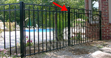 Black Sanibel Fencing Using Aluminum Line Post